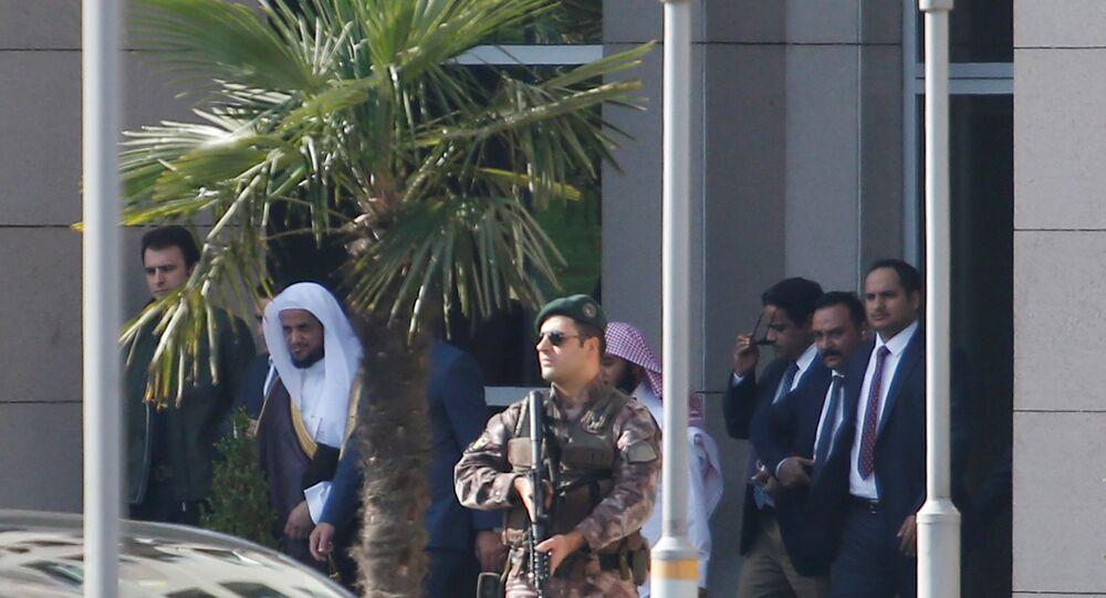 المدعي العام السعودي سعود المعجب يغادر قصر العدل في اسطنبول، تركيا 30 أكتوبر/ تشرين الأول 2018