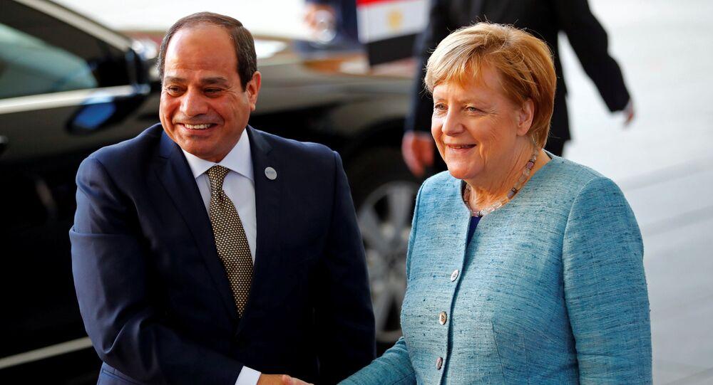 المستشارة الألمانية أنجيلا ميركل والرئيس المصري عبدالفتاح السيسي في برلين، ألمانيا 30 أكتوبر/ تشرين الأول 2018
