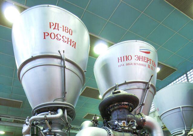 محركات صاروخية إر دي -180