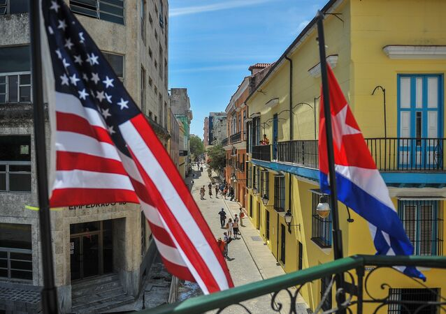 علم كوبا وعلم الولايات المتحدة