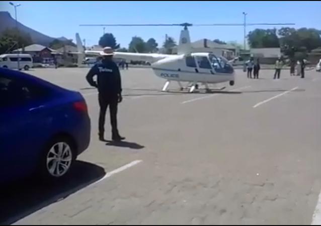 شرطي يهبط بمروحية من أجل وجبة كنتاكي