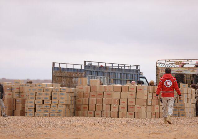 عمليات الهلال الأحمر السوري في مخيم الركبان بمنطقة التنف تتكلل بالنجاح