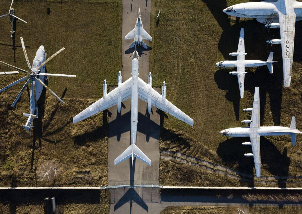 عرض طائرات ومروحيات التابعة للقوات الجوية الروسية