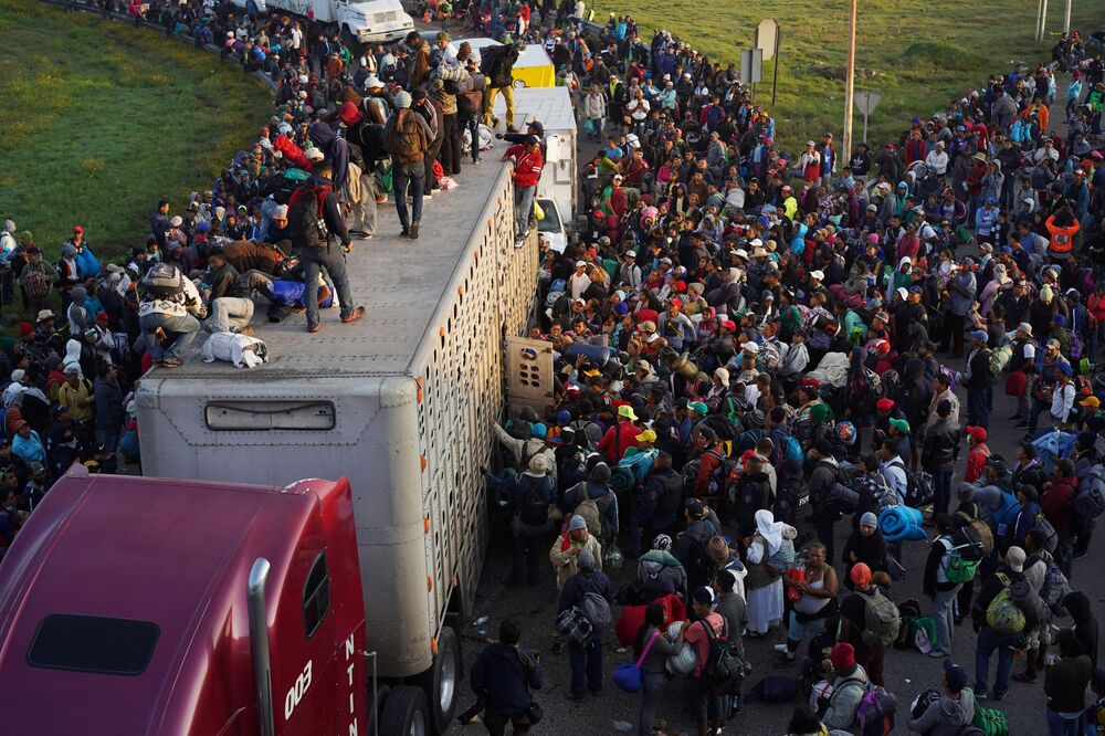 قافلة من آلاف من المهاجرين على حدود المكسيك، يتجهون إلى حدود الولايات المتحدة الأمريكية 12 نوفمبر/ تشرين الثاني 2018