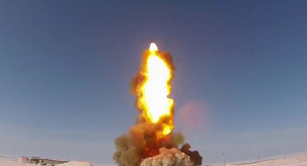 القوات الجوية-الفضائية الروسية تجرب صاروخا جديدا