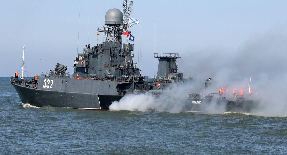 سفن أسطول بحر البلطيق في البحر في إطار تمارين غرب 2017