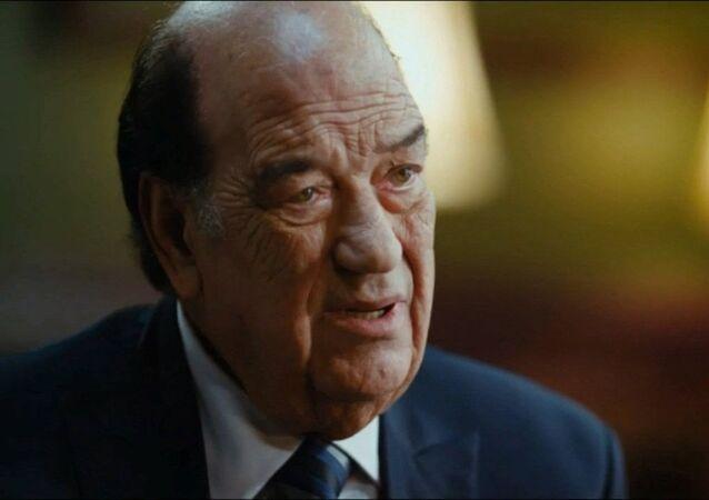 الممثل المصري حسن حسني