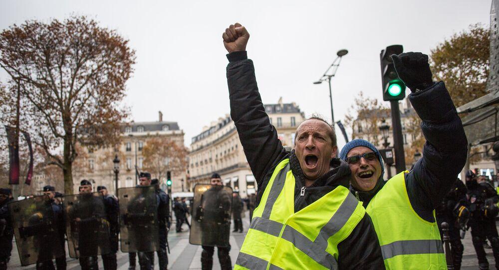 مواجهات بين الشرطة الفرنسية والمتظاهرين