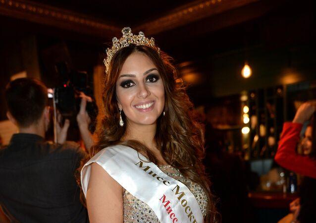 ملكة جمال موسكو 2015، أوكسانا فويفودينا
