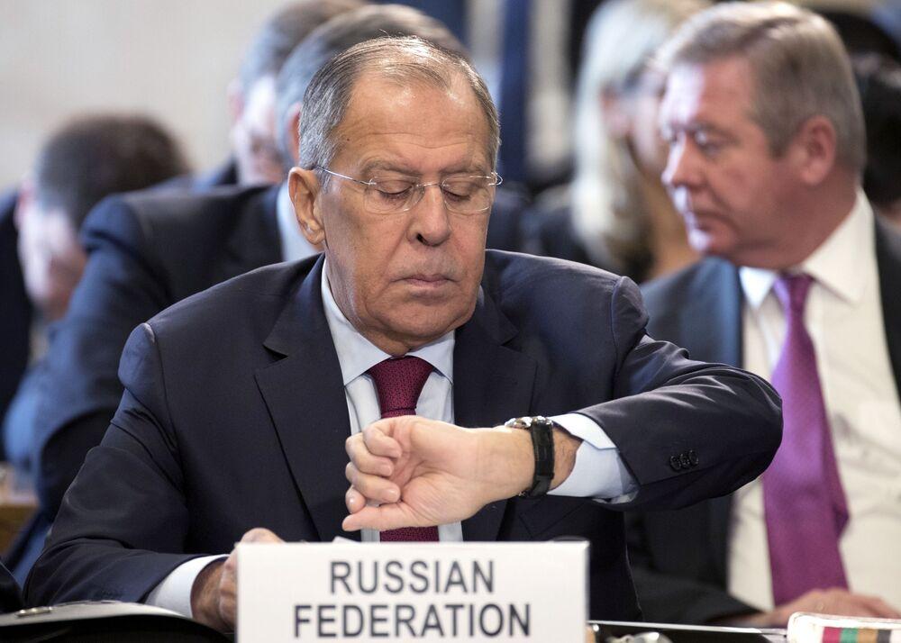 وزير الخارجية الروسي سيرغي لافروف في مؤتمر جنيف حول الوضعفي أفغانستان