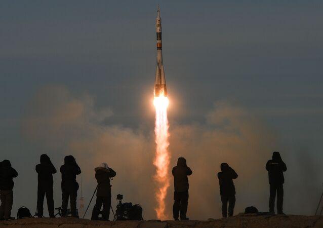 أطلقت اليوم مركبة فضائية تابعة لـ روس كوسموس الروسية من محطة بايكونور. وتم الإطلاق في الساعة 14:30 وفق توقيت العاصمة الروسية موسكو.