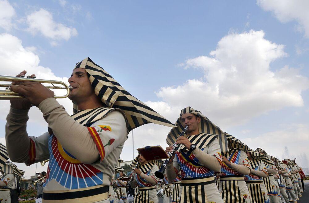 الفرقة الموسيقية العسكرية المصرية في مراسم افتتاح معرض إيديكس 2018 في القاهرة، 3 ديسمبر/ كانون الأول 2018