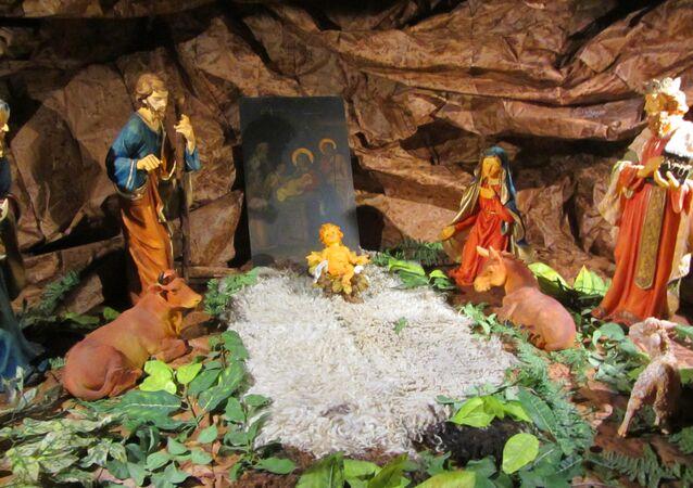 أجواء الميلاد من داخل أكبر مغارة دمشقية لولادة السيد المسيح