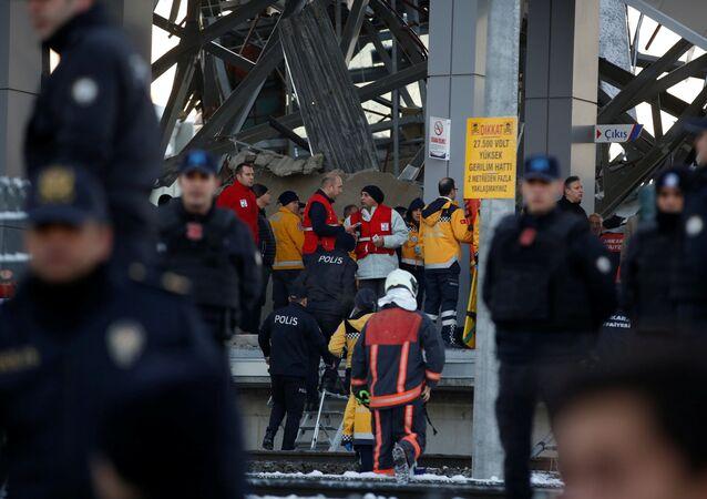 حادثة اصطدام قطار سريع بآخر في أنقرة، تركيا 13 ديسمبر/ كانون الأول 2018