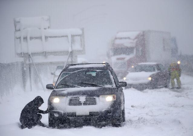 أهم النصائح  التي يقدمها الروس لقيادة امنة خلال فصل الشتاء