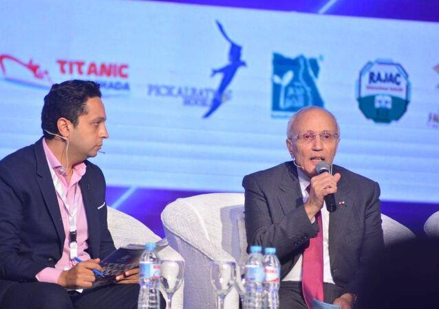 اللواء محمد العصار خلال مؤتمر مصر تستطيع بالتعليم