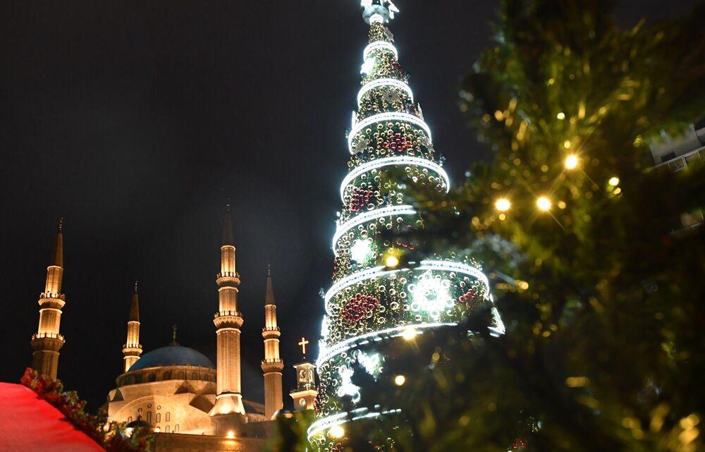 شجرة عيد الميلاد في مدينة بيروت، لبنان ديسمبر/ كانون الأول 2018