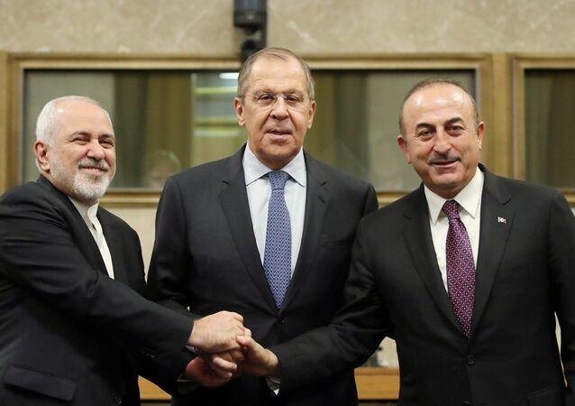 وزراء خارجية روسيا وتركيا وإيران