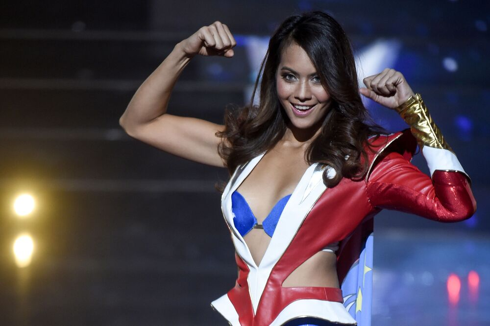 مكلة جمال تاهيتي لعام 2019، فايمالاما تشافيز، في مسابقة ملكة جمال فرنسا 2019، في مدينة ليل، 15 ديسمبر/ كانون الأول 2018