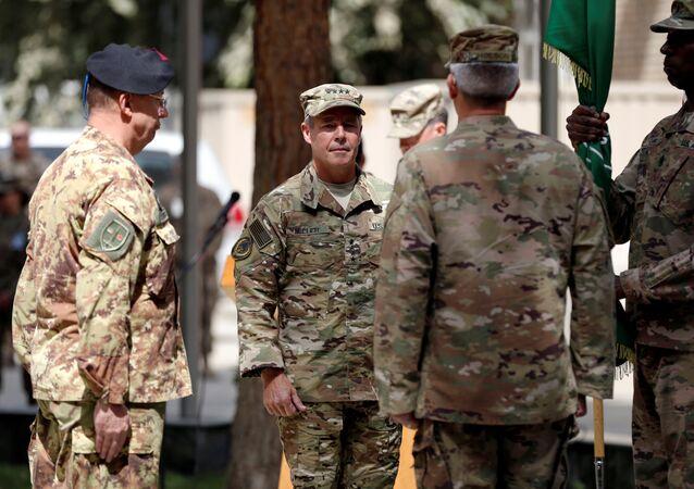 سكوت ميلر، قائد القوات الأمريكية في أفغانستان قوات حلف شمال الأطلسي