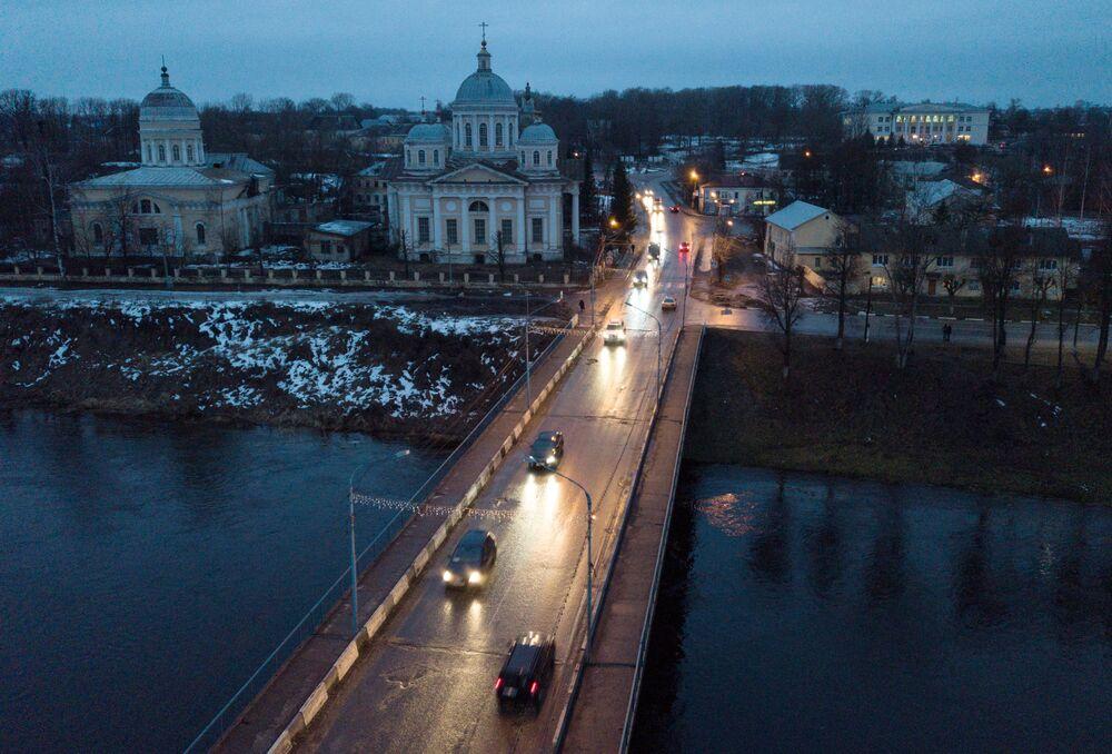 كتدرائية سباسو-بريوبراجينسكي في مدينة تورجوك، منطقة تفير الروسية