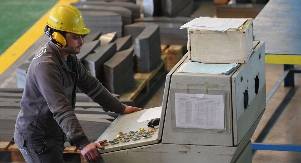 مصنع المحولات الكهربائية Union Transformers، في ضواحي دمشق