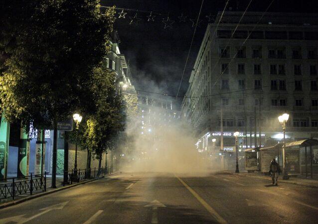 مظاهرات أثينا - احتجاجات ضد زيارة المستشارة الألمانية أنجيلا ميركل إلى اليونان