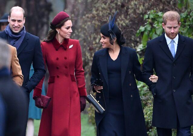 الأمير هاري وزوجته ميغان ماركل مع الأمير ويليام وزوجته كيت ميدلتون