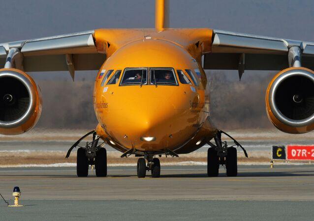 طائرة أن-148-100في