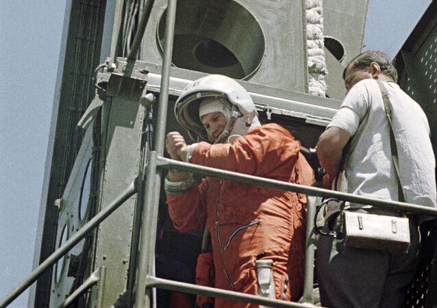 فالينتينا تيريشكوفا، أول رائدة فضاء وبطلة الاتحاد السوفيتي