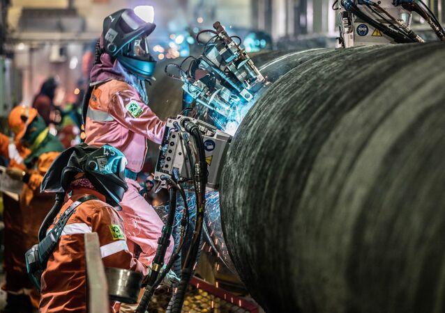 تلحيم أنابيب الغاز لمشروع التيار الشمالي - 2