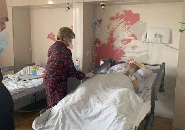 أمير ايزيدية العراق والعالم من داخل إحدى مستشفيات أوروبا