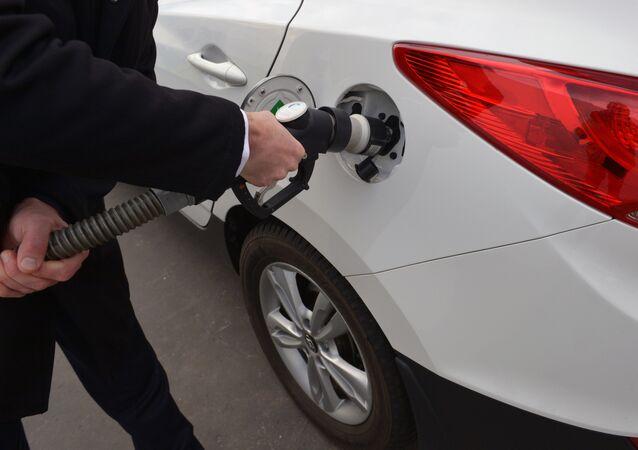 تزويد سيارة هيونداي ix35 بالهيدروجين
