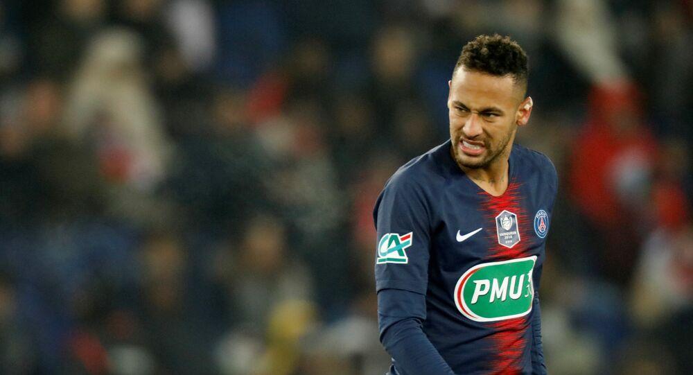 لاعب باريس سان جيرمان نيمار