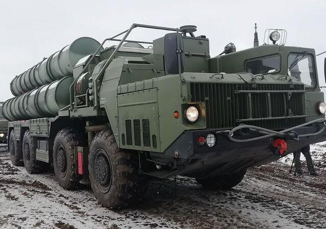 Дивизион С-400 Триумф заступил на боевое дежурство в Крыму