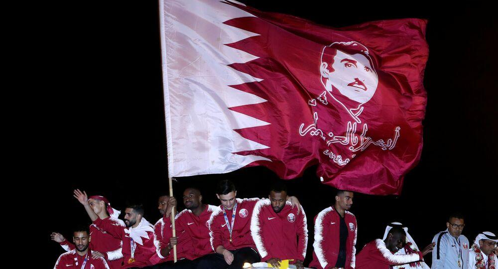 منتخب قطر احتفالا بالفوز بكأس آسيا