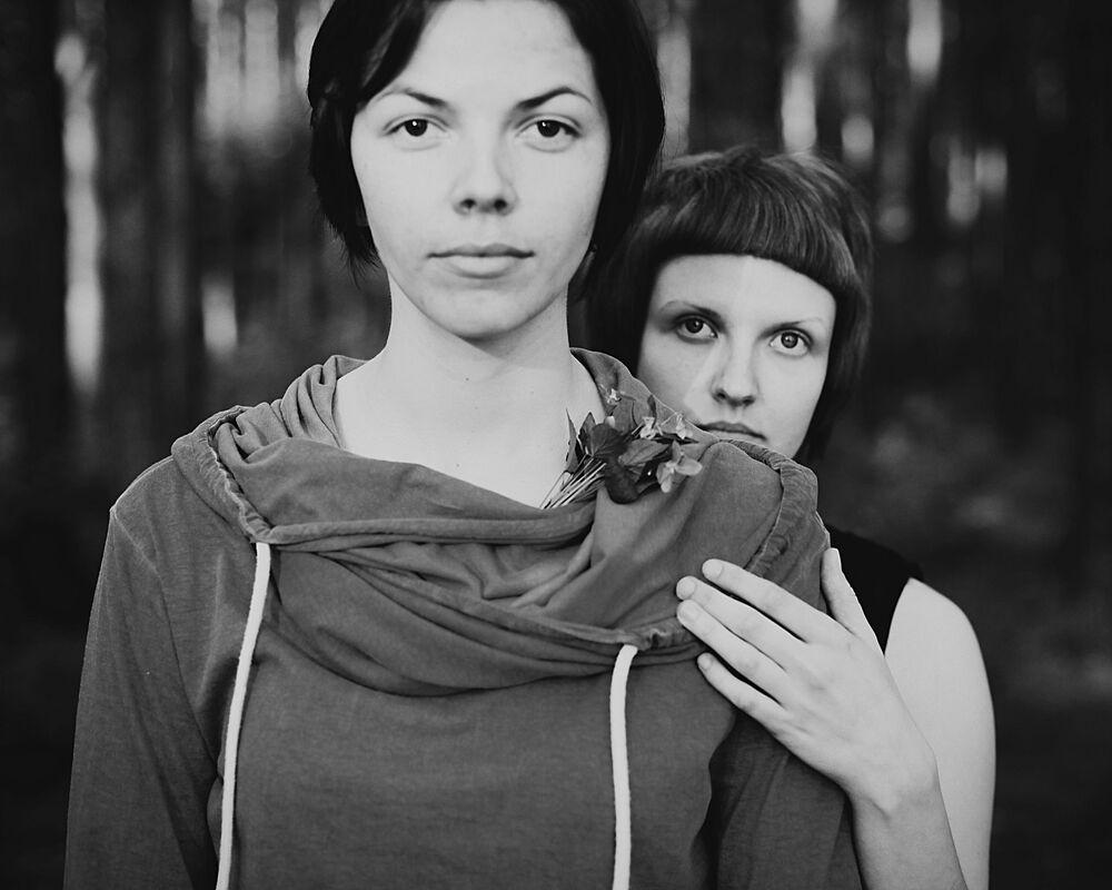 صورة الهدية الصغيرة (ورود لجوليا)، للمصور يوليا كالاميتسافا من بيلاروسيا، في فئة تصوير شخصي