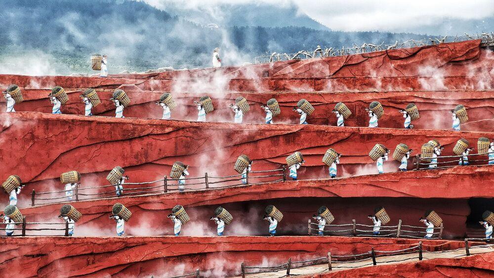 صورة تآزر الإنسانية، للمصور إنغ تشانغ تونغ من ماليزيا، في فئة الثقافة