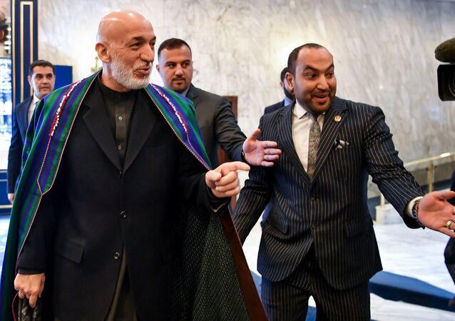 محادثات و مفاوضات بين طالبان والمعارضة الأفغانية (أفغانستان) في موسكو 5 فبراير/ شباط 2019 - الرئيس الأفغاني السابق حامد كرزاي