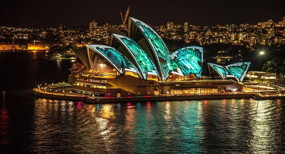 منظر يطل على دار أوبرا سيدني في مدينة سيدني الأسترالية