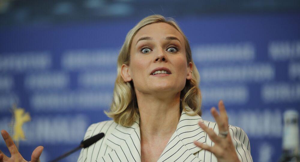 ديان كروغر في مؤتمر صحفي للترويج لفيلم العميلة في مهرجان برلين السينمائي الدولي