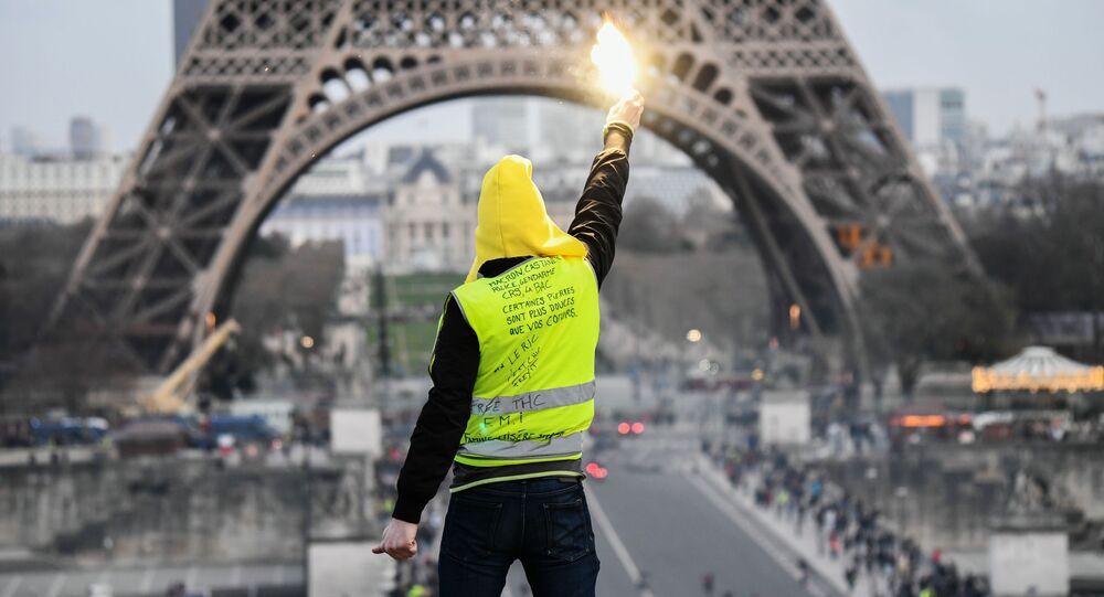 استمرار احتجاجات السترات الصفراء في باريس، فرسنا فبراير/ شباط 2019