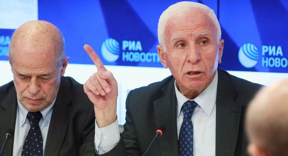عضو المجلس المركزي لحركة فتح، عضو اللجنة التنفيذية لمنظمة التحرير الفلسطينية، عزام الأحمد، خلال حوار فلسطيني فلسطيني في موسكو، 13 فبراير/ شباط 2019