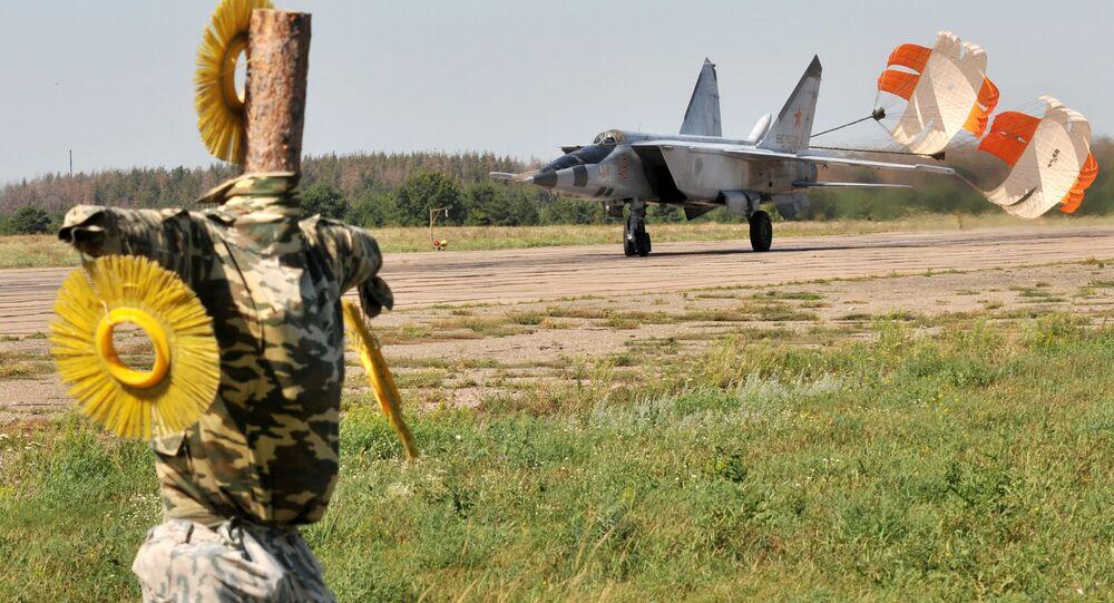 مقاتلة ميغ 25 السوفياتية