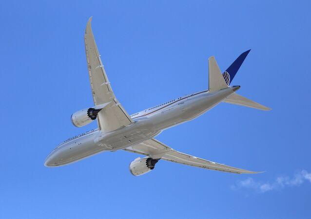 بوينغ 787