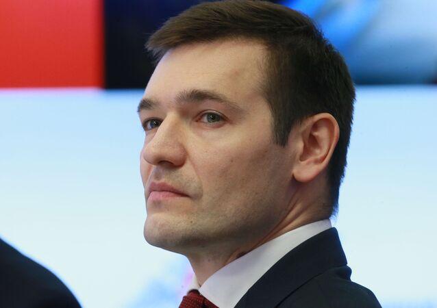 المدير العام لشركة كلاشنيكوف فلاديمير دميترييف
