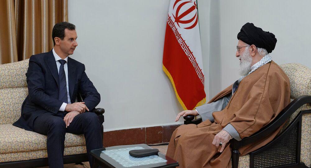 المرشد الأعلى الإيراني آية الله علي الخامنئي، يستقبل الرئيس السوري بشار الأسد في طهران