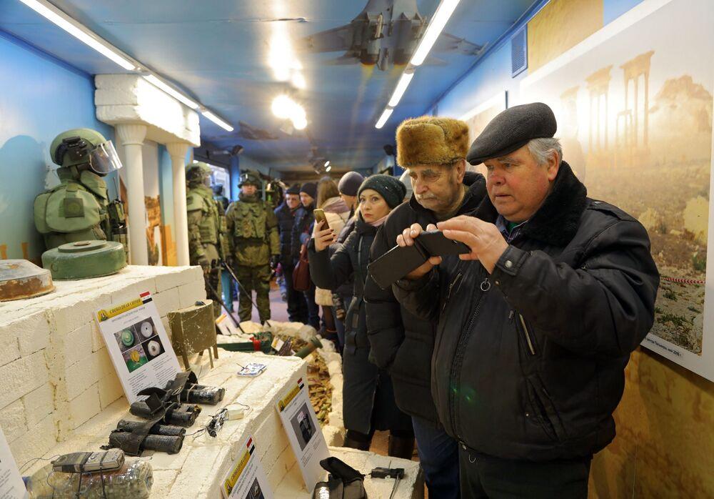 وصول القطار الانتصار السوري (سيرييسكي بيريلوم) في بيلغورود الروسية