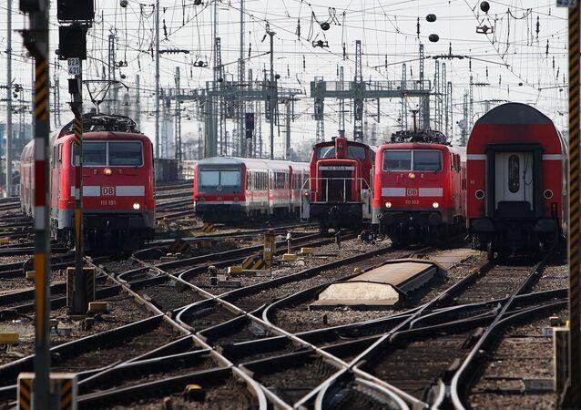 قطارات تابعة لشركة دويتشه بان الألمانية