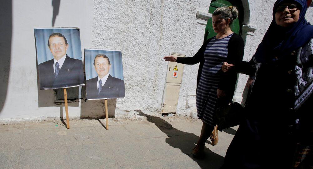 صورة للرئيس الجزائري عبد العزيز بوتفليقة